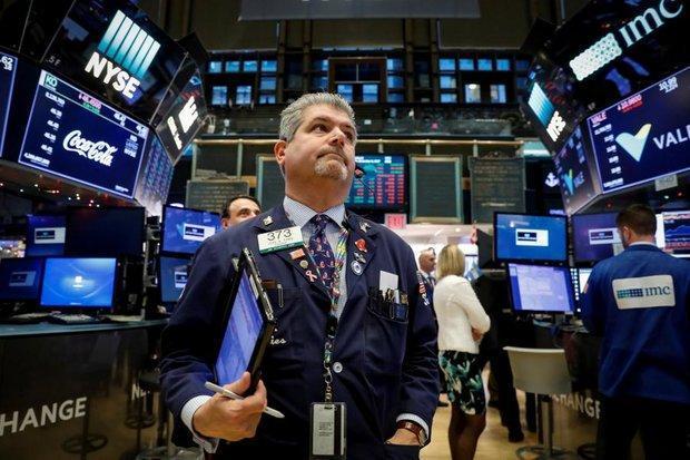 خوشبینی تجاری اثر داده های ضعیف مالی راخنثی کرد، رشد وال استریت