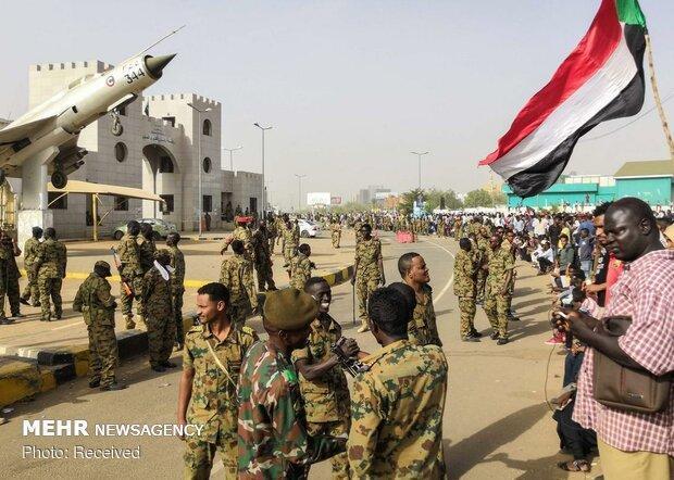 رئیس سرویس اطلاعات و امنیت سودان استعفا کرد